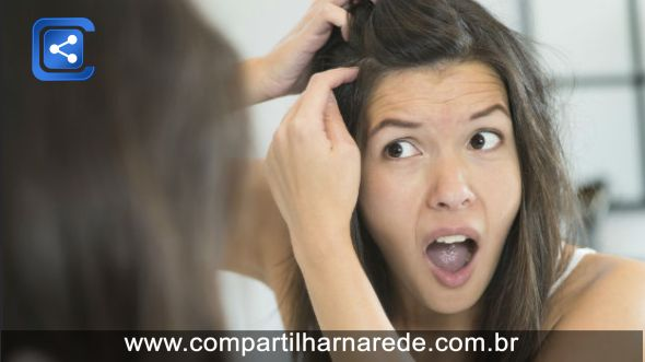 Arrancar cabelo branco faz nascer mais?