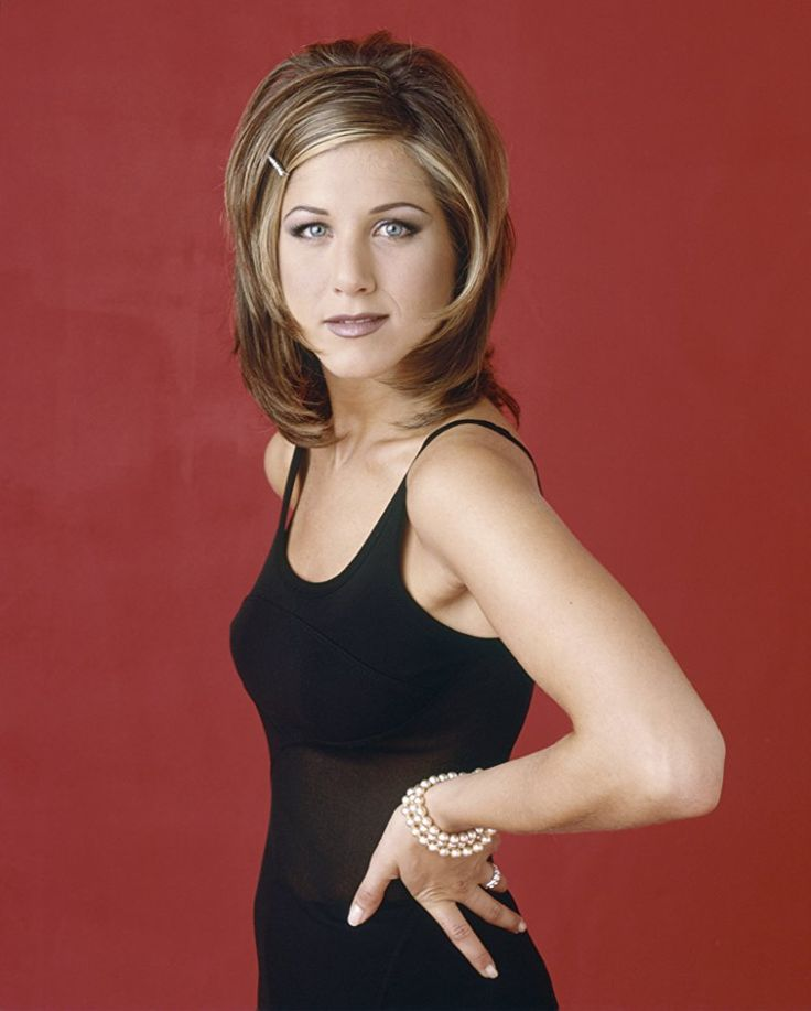 Jennifer Aniston hairstyles images. #jenniferaniston #styleinspiration #hairstyle