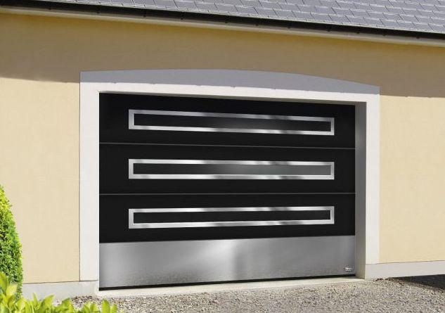 Porte De Garage A Hublots Panoramiques Une Fabrication Aludoor Porte Garage Garage Et Portes