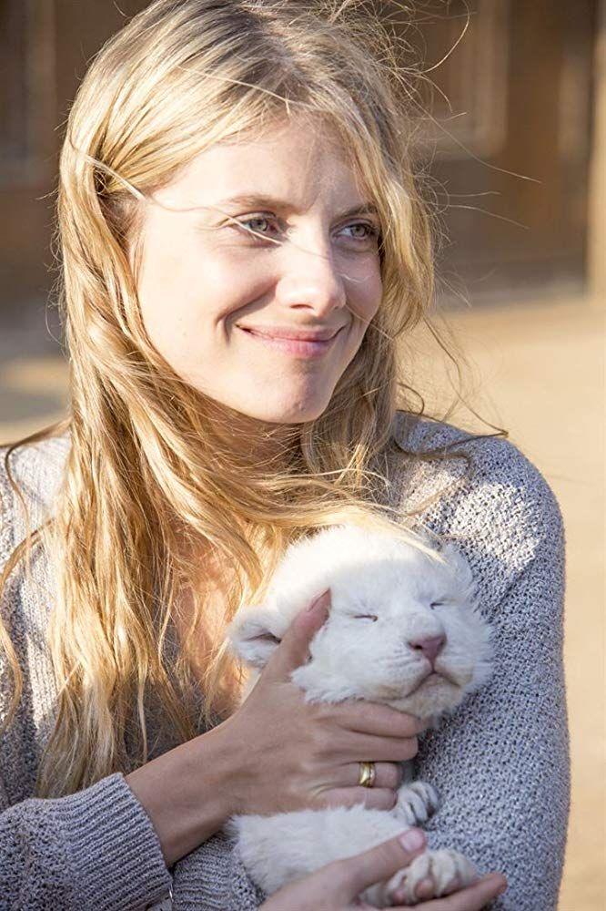 Melanie Laurent In Mia Et Le Lion Blanc 2018 Lion Blanc