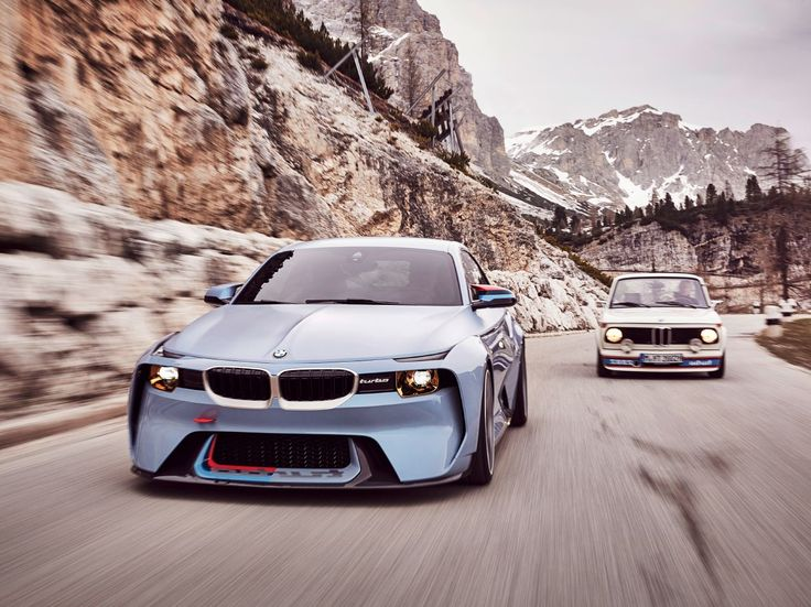 BMW Brings 2002 Hommage to Villa D'Este – Form Trends