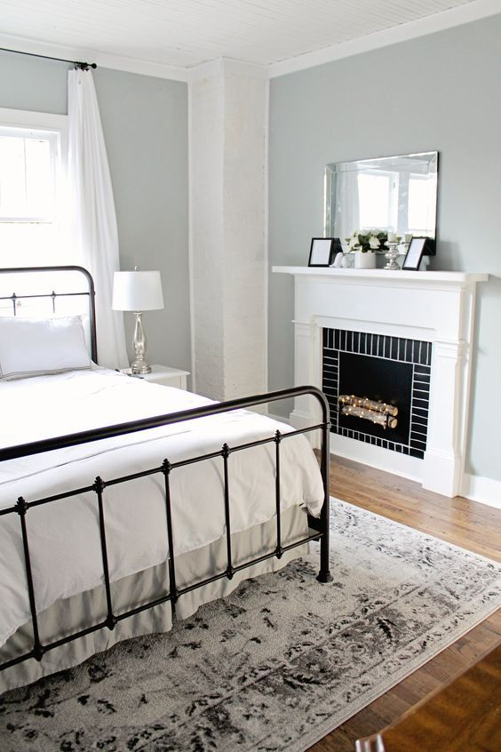 Modern Farmhouse Staple Antique Black Bed (Part 1) Bedroom