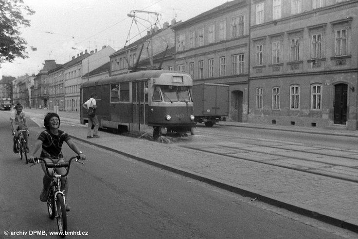 Fotogalerie » Tatra T2 1433 | Brno | Ponava | Štefánikova