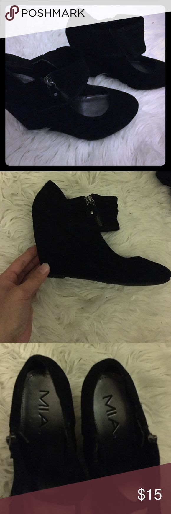 """MIA Greta Suede Wedge pumps sz7 MIA brand Greta suede wedged pumps. Comfy and looks great with tights. worn indoors only. Heel size about 3 1/2"""". MIA Shoes Wedges"""