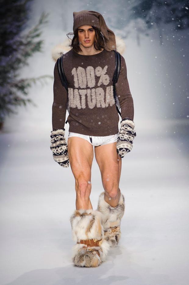 Moschino Fall/Winter 2015 Menswear | Runway Male Models ...