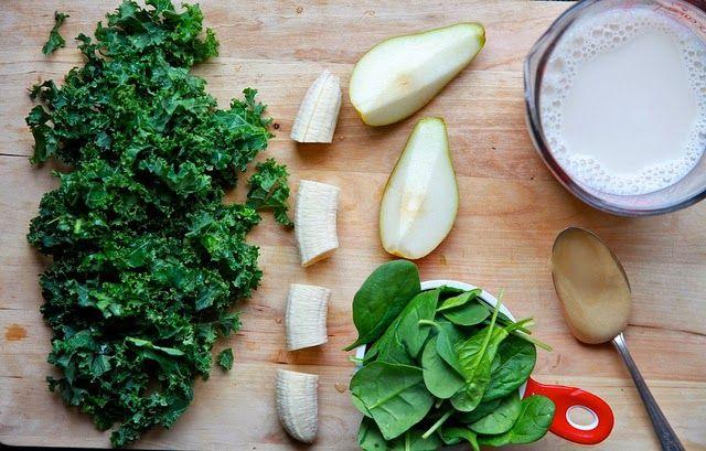 ケールとほうれん草と洋ナシのスムージーのレシピ1