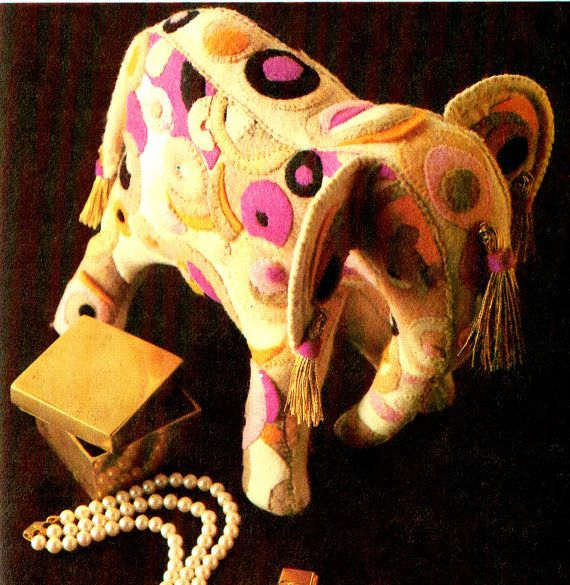 Last-Minute CHRISTMAS 1970s Indian Felt by TheAtticofKitsch