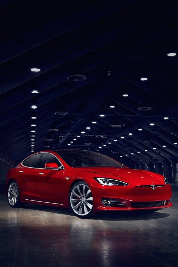 Das Tesla Model S von Elon Musk verbirgt etwas Überraschendes im Motor.   – Witzig