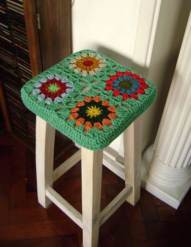 I have a round stool at home that would love a cute cover like this!