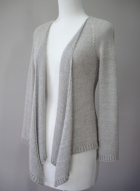 Hamlin Peak cardigan knitting pattern. Knit top down in stockinette. This and more cardigan sweater knitting patterns at http://intheloopknitting.com/cardigan-sweater-knitting-patterns/