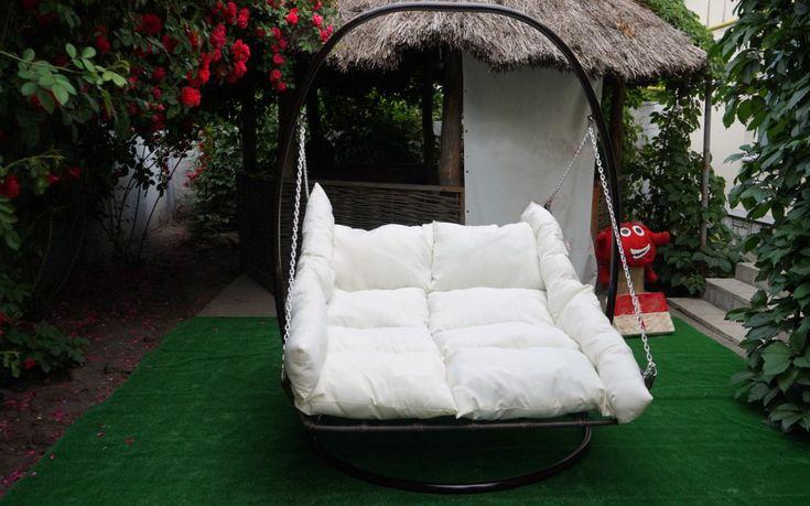 Подвесная кровать от компании Art-chair.com.ua - это настоящий эталон удобства и комфорта)) С комфортом позволяет разместиться двум людям!) 😇 Пишите в директ или звоните в любое время 0938058607💟  #подвеснаякровать #подвеснойлежак #подвеснойгамак #плетенаямебель #навеснаякровать #кроватьлежак #кроватьгамак #садоваямебель #мебельдлясада #мебельдлядачи #мебельдляулицы #мебельизротанга #комфорт #релакс #сад #дача #отдых