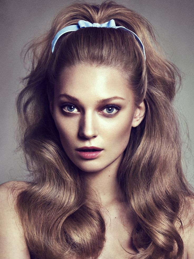 A high ponytail tied with a ribbon is prom perfect! #TopshopPromQueen #topshop #hair #bow