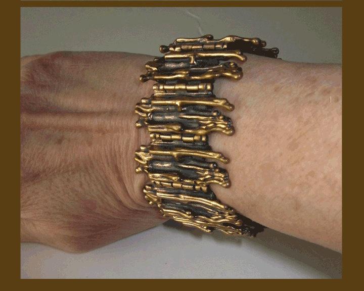 Pentti Sarpaneva Brutalist Cast Bronze Bracelet, Finland, 1970s, Vintage Modernist Jewelry, Women.