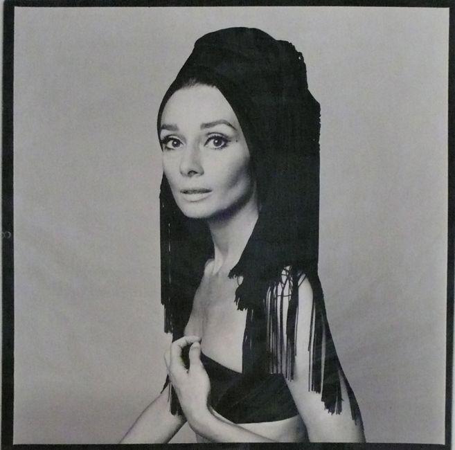Fotografia Audrey Hepburn per Valentino, Vogue Italia, Roma 1969 - Fotografo Gian Paolo Barbieri - Artistocratic