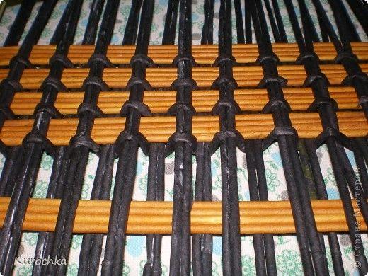 Tutorial - sturdy square bottom - Мастер-класс Плетение Плетение квадратного дна Бумага газетная Трубочки бумажные фото 10