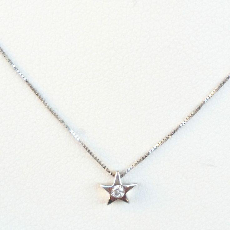 Collana Punto Luce Stella Oro Bianco 18kt 750 con Diamante 0,02 CT  G-H  VS1