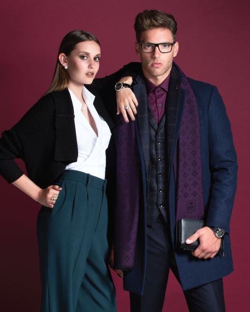 We love layering either for Men and Women.  Credits from our Fashion Editorial in Mixte Magazine 16 #mixte16 #mixtemoment #sarahpacini #bcbg #henrivezina #hugoboss