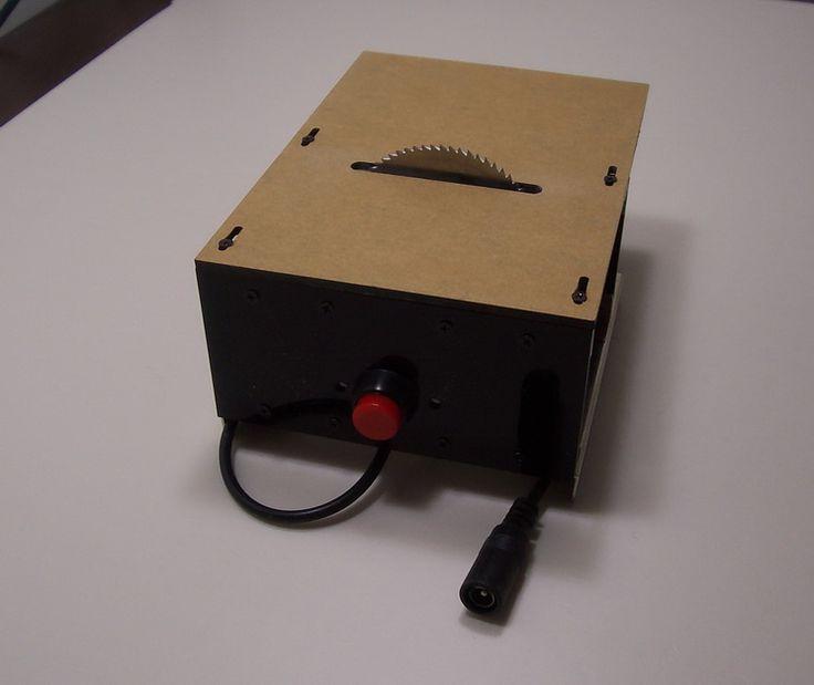 Mini mini mini table saw cutting electric saws for woodworking saws model electronic DIY small cutting saw blade