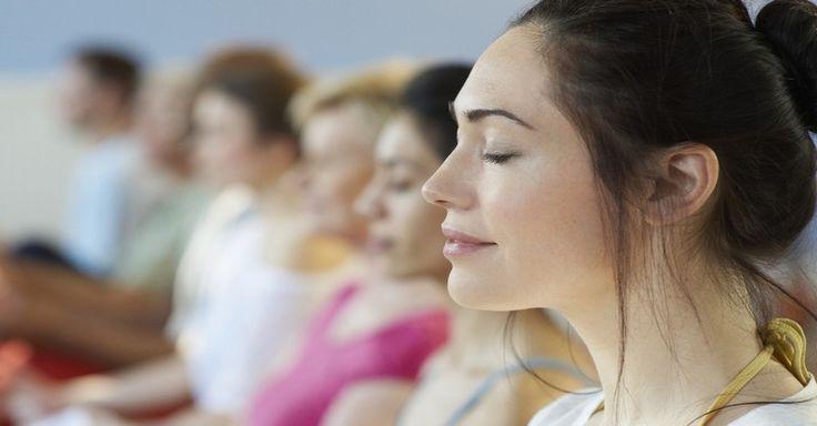 Radi by ste sa začať venovať meditácii? Neviete ako začať? Prečítajte si 20 tipov, ktoré vám pomôžu upokojiť myseľ a naučia správne cvičiť.
