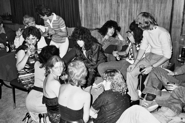 Paul, Ace & Eric and a bevy of Aussie groupies. (1980 ...