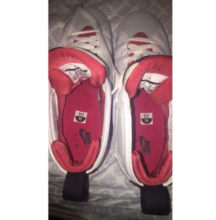Come list sneakers for FREE! Jordam retro 7 hare Size 7y #sneakerfiend #flykicks #snkrhds #instakicks #sneakerheads #shoegame #airjordan - http://sneakswap.com/buy-retro-sneakers/jordam-retro-7-hare/