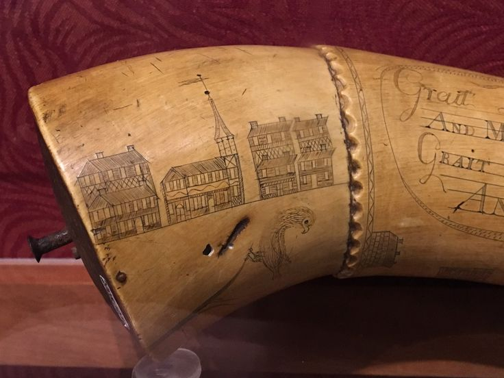 """via @history_doctor 'powder horn, perhaps carved during the siege of Boston, 1775-1776. @HistDeerfield #FlyntCenter"""""""