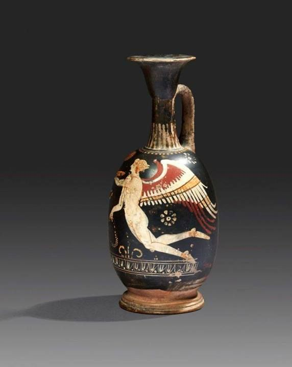greek minoan and etruscans Minoan culture  religion religion played an important role in minoan crete and many activities, and artistic products revolved around religious cult.
