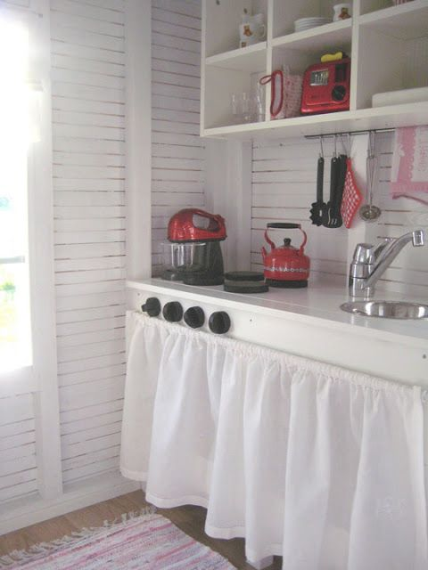 Pure Style Home: Little Houses & The RTMC Playhouse Project