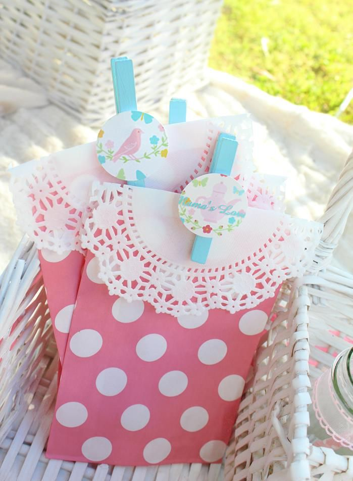 Shabby Chic Picnic: The Favors