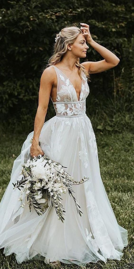 A Line Deep V-Neck Backless White Prom/Wedding Dress With Appliques