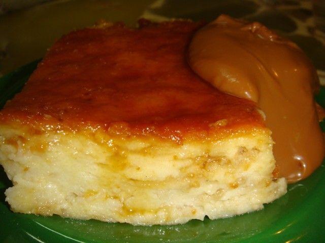 Budín de pan y manzana. ¿Te acordas la primera vez que probaste el budín de pan de tu mama? Contanos su receta y revive los sabores de la infancia!!! http://www.mis-recetas.org/recetas/search?internacional=165-argentina&text=budin+de+pan