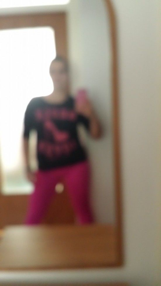 Www.brunettsdiary.bloggersdelight.dk   Hi guys :) I just came back from Zumba class and IT IS AWSOME! Crazy! I wasn't sure is it for me or not since I'm still in  a search I said why the hell not try something new. I was surpried to see