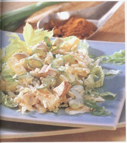 Salada exótica de arroz com abacaxi: perfeito com o Arroz Thai Caçarola.