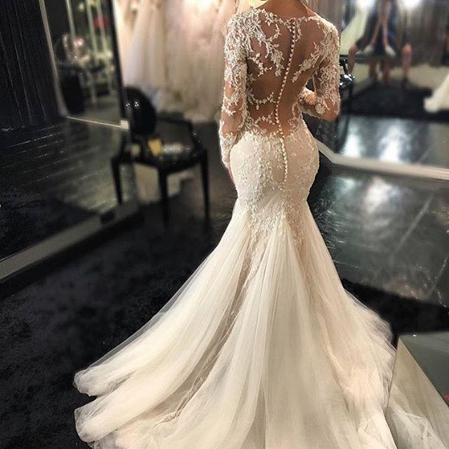 Gorgeous Dress   For those who love lace & buttons! @demetriosbridalaustralia @thesposagroupaustralia #brides_style