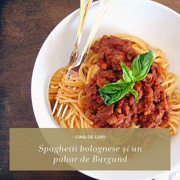 Mâncarea italienească se savurează neapărat lângă un pahar cu vin excelent! Pastele bolognese merg de minune cu un vin roșu rafinat și consistent, precum Burgundul: http://rios.ro/imperium-burgund.html