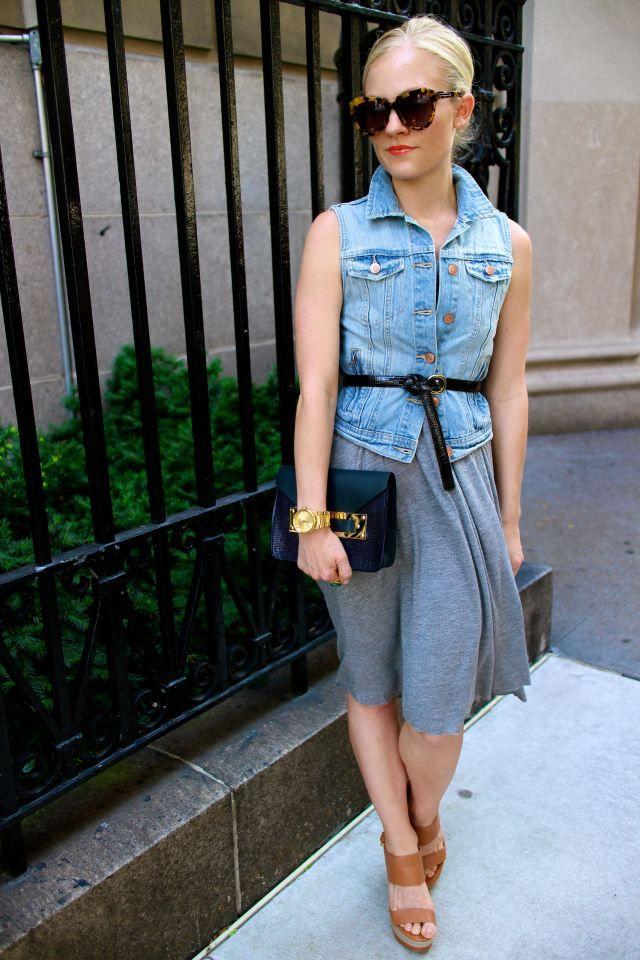Jean vest + skirt = effortlessly cute