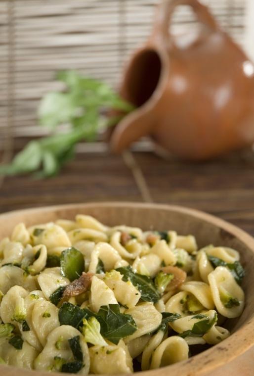Orecchiette con Cime di Rapa | Orecchiette Pasta with Broccoli Rabe, Puglia