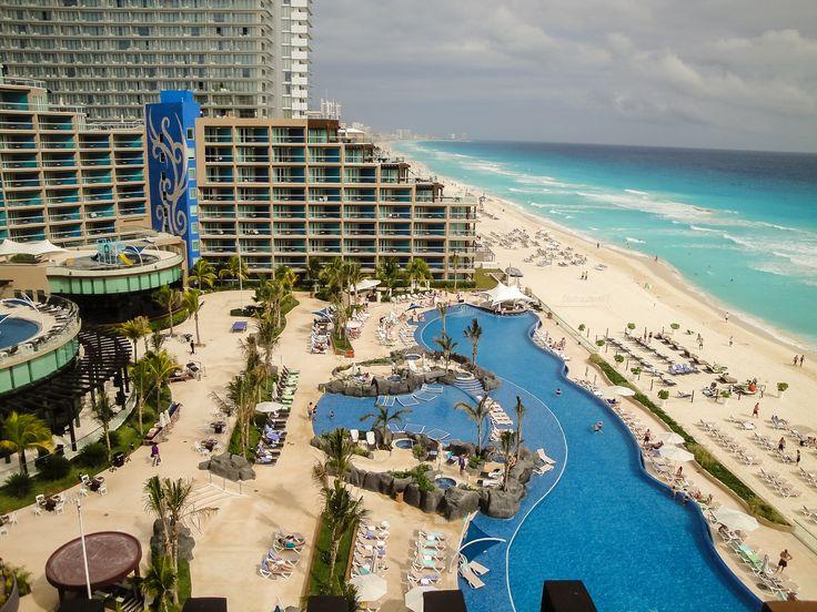 O Hard Rock Hotel de Cancun, no México, têm sistema All Inclusive. Listamos algumas dicas necessárias para você se hospedar em um All Inclusive: http://blog.cyrelaplanoeplano.com.br/index.php/viagem-e-turismo/dicas-necessarias-na-hora-de-viajar-com-sistema-all-inclusive/