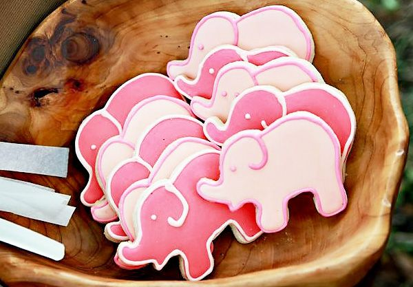 Oh my who can make these cute elephant cookies? They are a must have for Harper's party! She wants an elephant party!!