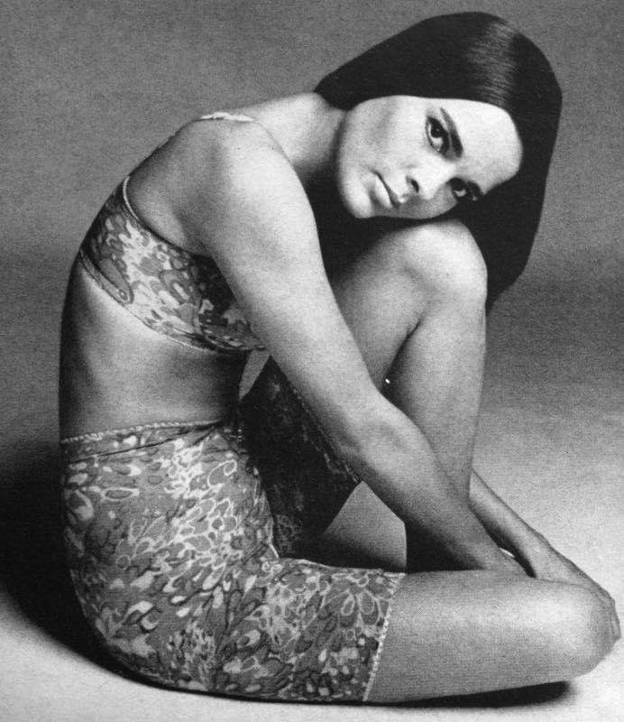 Ali MacGraw. Photo by Francesco Scavullo. Harper's Bazaar, October 1967.