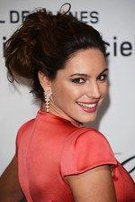 Kelly Brook wears Avakian diamond earrings at Cannes Film Festival 2012.