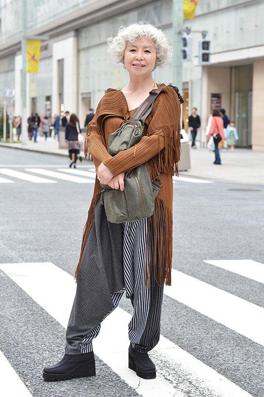 今一番熱いOver60が春ファッションで集合! 素敵シニアたちのオシャレ名言も:日経ウーマンオンライン