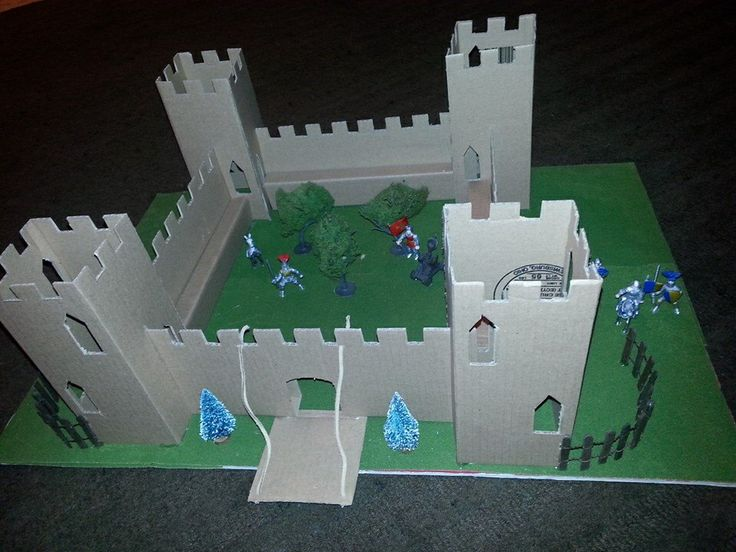 19 best images about castles made out of junk on pinterest for Castle made out of cardboard