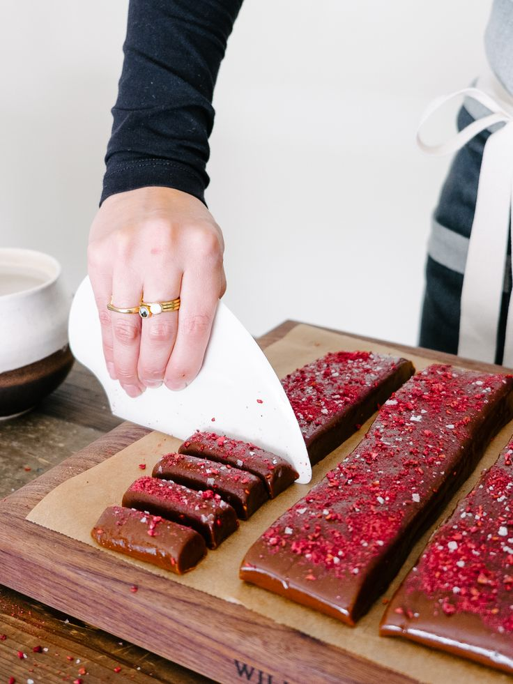 Raspberry and Chocolate Caramels Recipe + a Hedley & Bennet Giveaway! — Fix Feast Flair