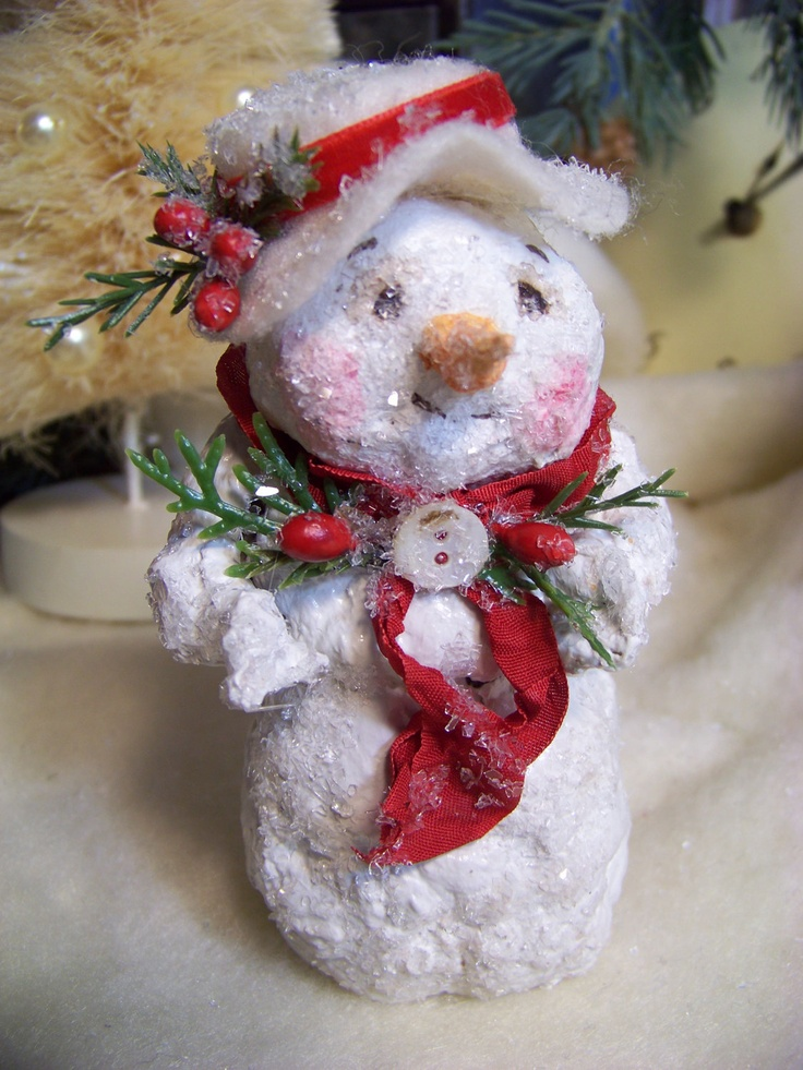 155 best paper m ch christmas images on pinterest for Paper mache christmas
