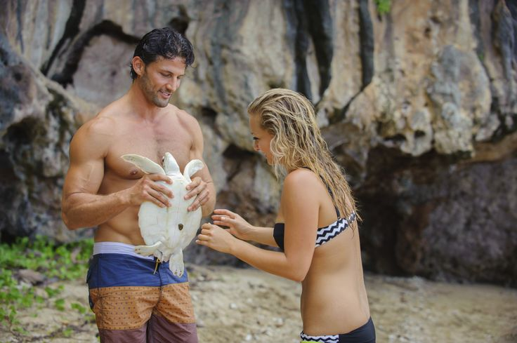 He can talk to animals! http://tenplay.com.au/channel-ten/the-bachelor/photos/finale-behind-the-scenes