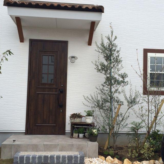 玄関ガーデン/植物/フレンチナチュラル/ガーデニング/寄せ植え/花のある暮らし…などのインテリア実例 - 2015-04-08 15:37:06 | RoomClip(ルームクリップ)