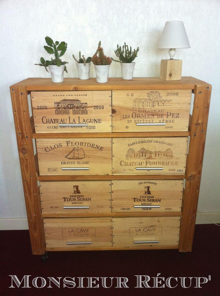 Les 25 meilleures id es de la cat gorie armoires vin sur for Armoire monsieur meuble