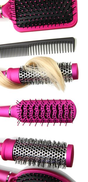 Hoe moet je een haarborstel schoonmaken? Hier vind je een aantal handige tips!