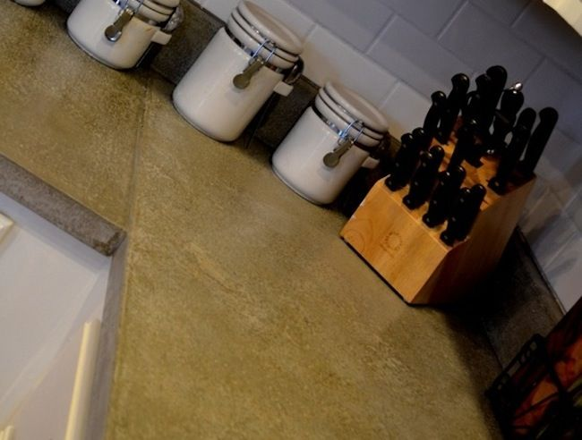 DIY Countertops -- Make your own concrete kitchen counter!